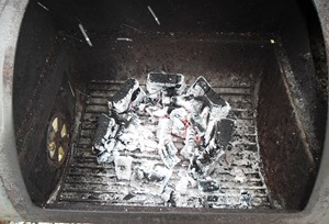 De EcoGrill is na drie uurtjes volledig opgebrand